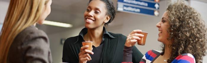 Distributeur de boisson chaude