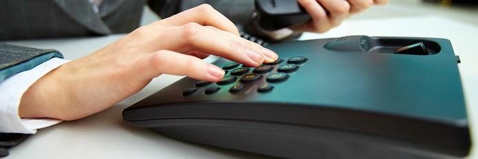 Standard téléphonique et central téléphonique