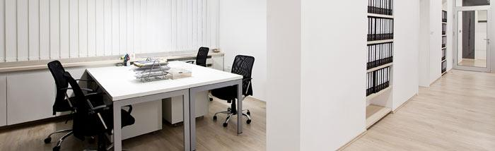 Vente de mobilier de bureau d occasion la reunion table for Mobilier bureau occasion