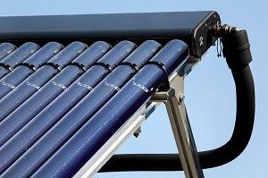 Panneaux solaire pour piscine le chauffage 100 naturel for Chauffage piscine panneaux solaires