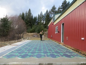 solar_roadways_parking
